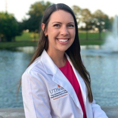 Dr. Natalie Vos